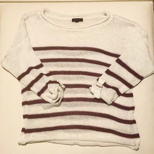3/4 sleeve white and maroon top
